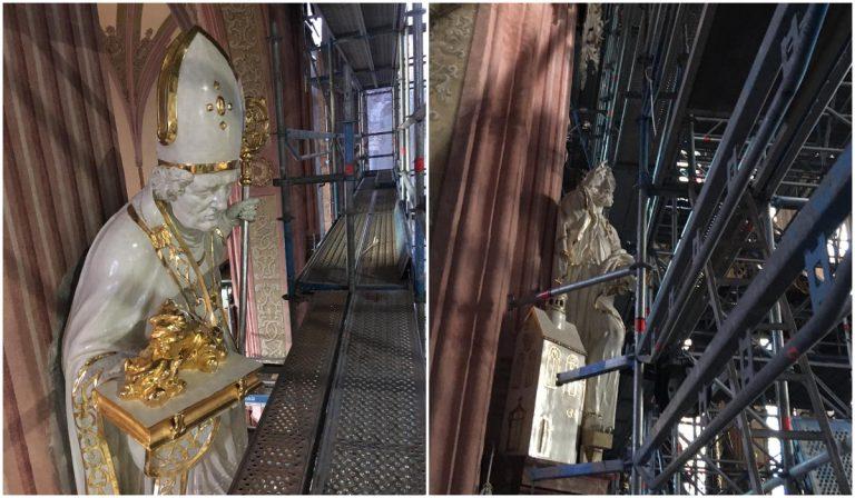 Odrestaurowane figury świętych powróciły do świdnickiej katedry [FOTO]