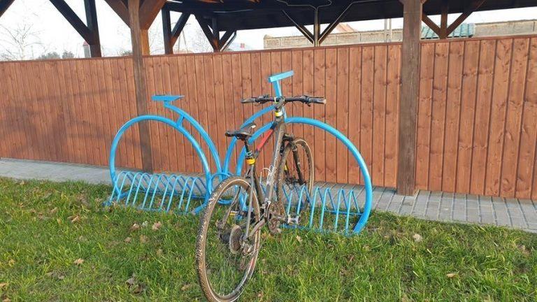 Zabawne stojaki na rowery