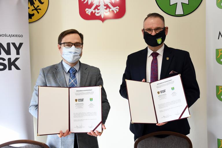 Mieszkańcy gminy Marcinowice dostaną pomoc w wykryciu nowotworów jelita grubego