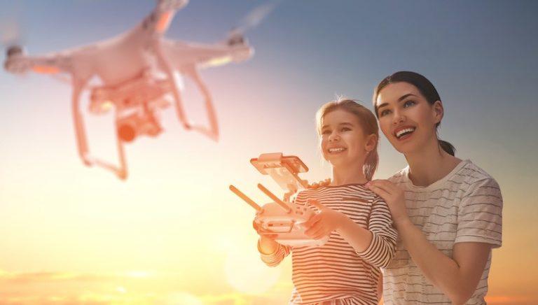 Jak latać dronem? To nic trudnego!