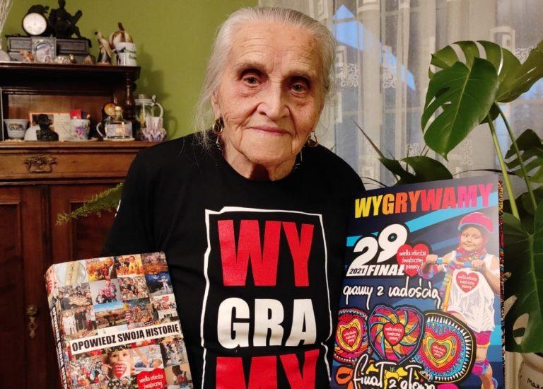 96-latka wsparła Wielką Orkiestrę Świątecznej Pomocy. Podziękowania przekazał jej Jerzy Owsiak