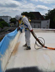 izolacja dachu pianą Crossin Roof