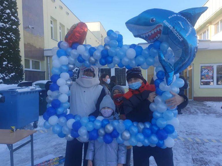 Rekiny wspierały Wielką Orkiestrę Świątecznej Pomocy