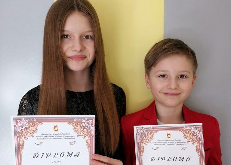 """Uczniowie szkoły w Lutomi Dolnej laureatami międzynarodowego konkursu """"Przyszłe gwiazdy"""""""