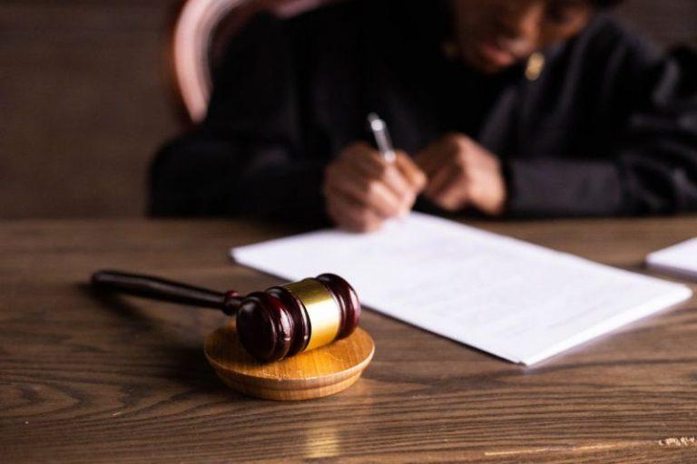 Sąd orzekł nieważność umowy w sprawie kredytu we frankach i co dalej?