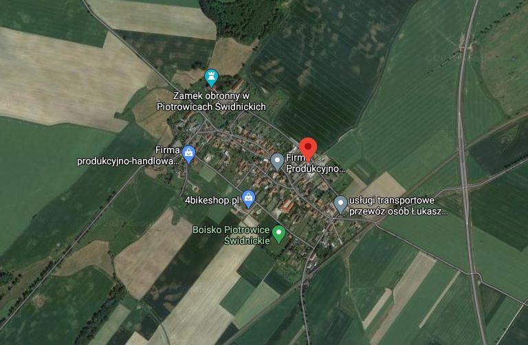 Interwencja: Trzecia fala pandemii, a tu wiejskie zebranie