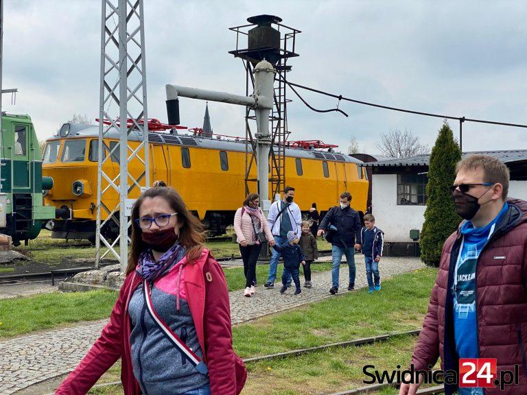 Majówka w rytmie zabytkowych maszyn. Muzeum Kolejnictwa czeka na odwiedzających! [FOTO]