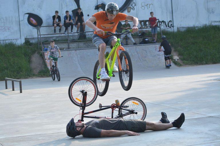 Efektowne otwarcie cyklu warsztatów na świdnickim Skateparku&Pumptracku [FOTO]