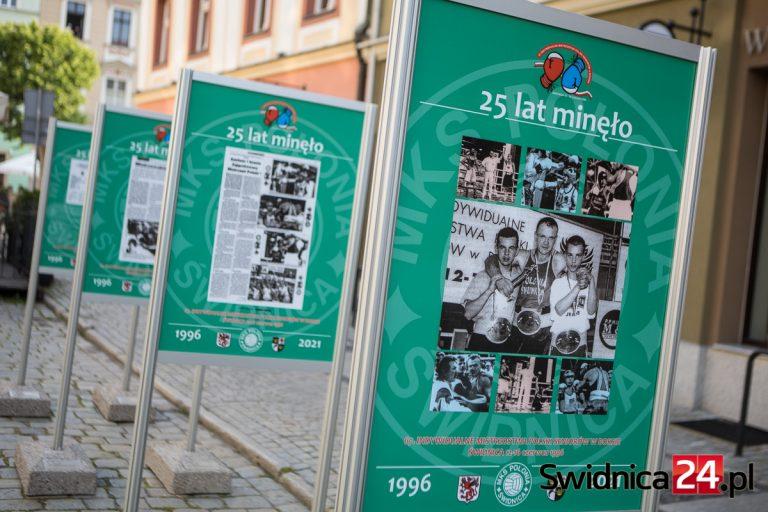 """""""25 lat minęło, lecz nie odeszło w cień"""". Wspominają Mistrzostwa Polski w Boksie z 1996 roku"""
