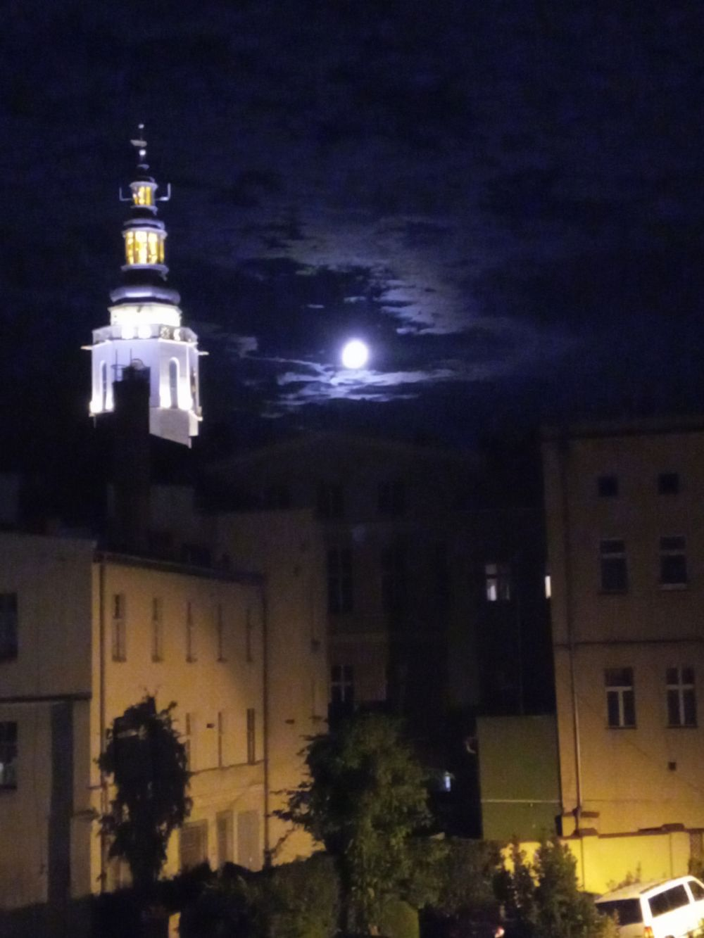 Pełnia księżyca w Świdnicy, sierpień 2021, fot. Teresa Nitsch